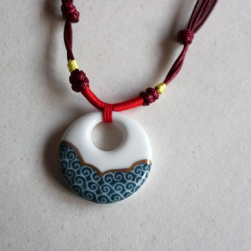 White and Green Cloud Design Necklace