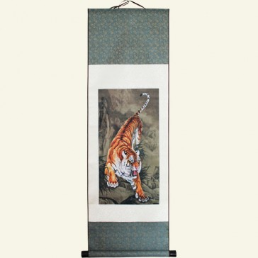 Realistic Tiger Chinese Painting Silk Scroll