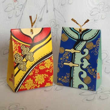 Traditional Chinese Dress Favor Boxes - Set of 2pcs (1 pair)